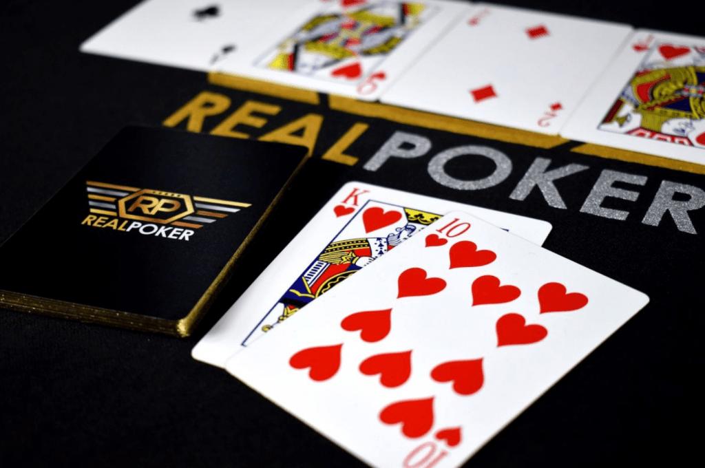 德州撲克遊戲6個贏錢心法方程式